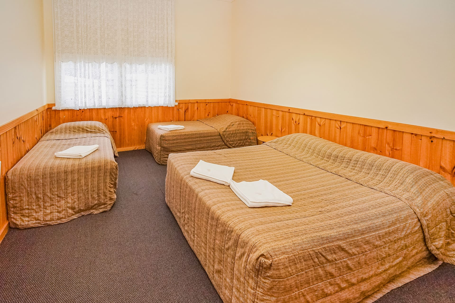 Holt bedroom